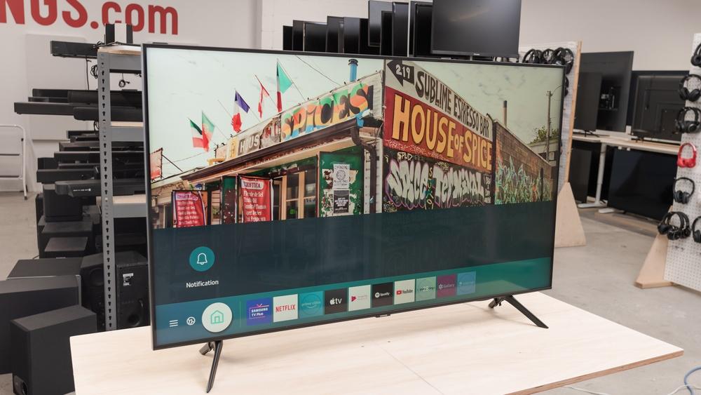 Samsung Q70T QLED TV